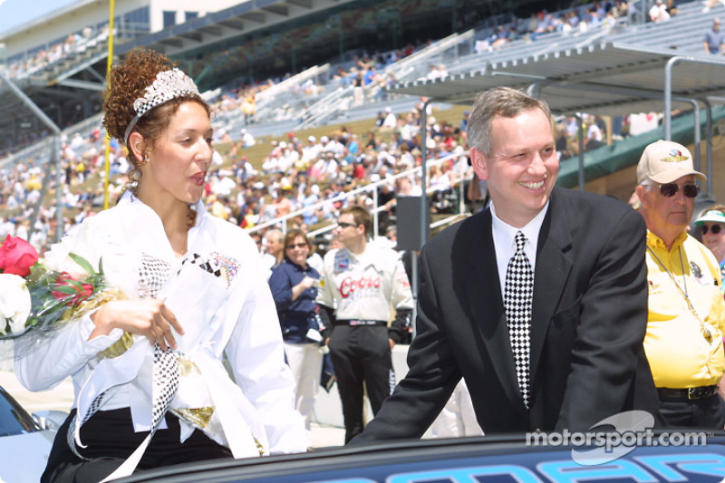 500 Festival Queen Lauren Crowner and Mayor Bart Peterson during opening day for the 86th running of the Indy 500