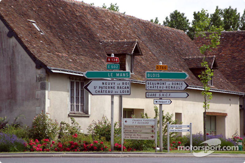 This way to Le Mans