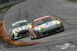 J3 Racing Porsche 911 GT3-RS and Seikel Motorsport Porsche 911 GT3-RS