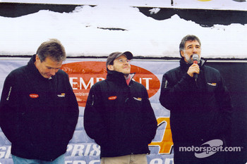 Craig Pollock and Jacques Villeneuve at the presentation ceremony