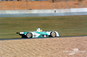 #14 Team Nasamax Reynard 01Q Cosworth: Robbie Stirling, Bryan Herta, Romain Dumas