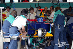Sauber garage area