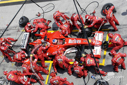 Pitstop for Rubens Barrichello