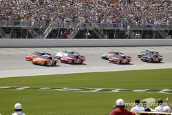 The start: Tony Stewart and Jeff Gordon lead the field