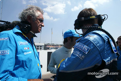 Flavio Briatore and Jarno Trulli on the starting grid