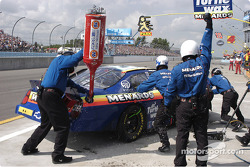 #33 Paul Menard-early departure-fuel still attached