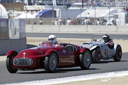 #66 loses ground to #42 1954 Huffaker-Healey Special