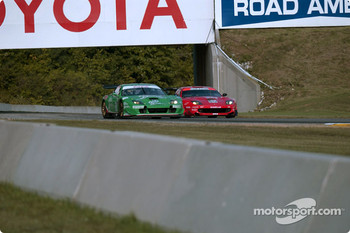 #0 Team Olive Garden Ferrari 550 Maranello: Emanuele Naspetti, Domenico Schiattarella, and #80 Prodrive Racing Ferrari 550 Maranello: Jan Magnussen, David Brabham