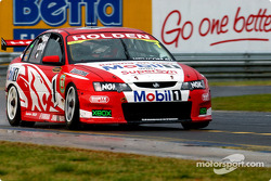 Mark Skaife takes the lead after Murphy's pit mishap