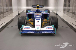 The Sauber wind tunnel is large enough for a full-size Formula One car