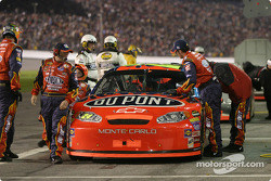20-lap pause: Jeff Gordon in the pit