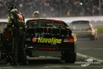 Pitstop for Jamie McMurray