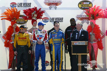 Ceremony for Vegas natives Kyle and Kurt Busch, Brendan Gaughan