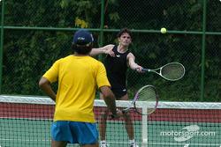 Sauber driver training in Kota Kinabalu: Giancarlo Fisichella plays tennis