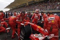 Rubens Barrichello on the starting grid