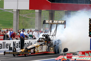 Tony Schumacher set the pace for Top Fuel