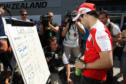 Felipe Massa, Scuderia Ferrari, The drivers predict the score for the England v Germany football match