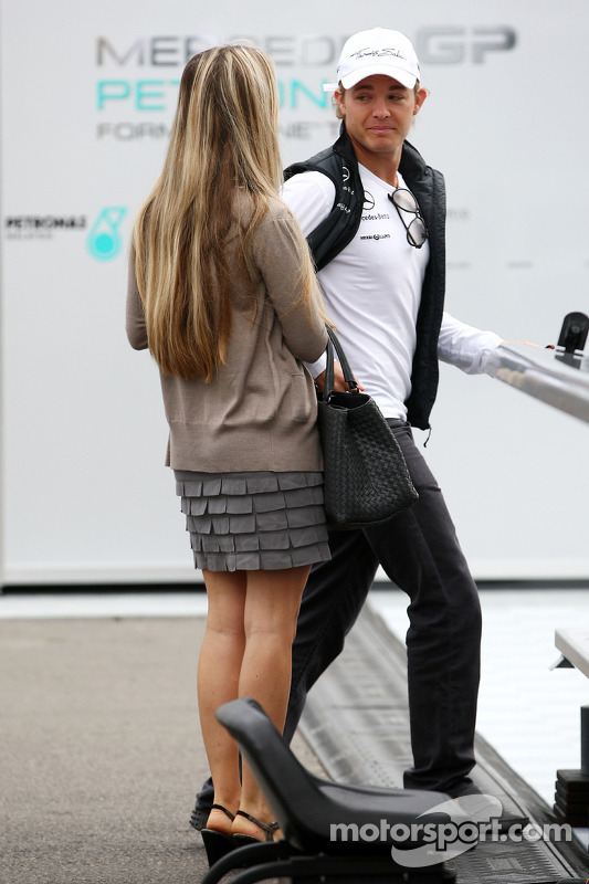 Vivian Sibold The Girlfriend Of Nico Rosberg And Nico