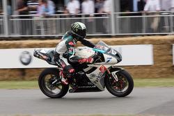 2010 Triumph Daytona 675: Chas Davies