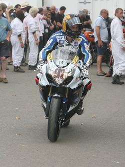 2010 Suzuki GSX-R1000: Leon Haslam