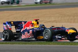 Sebastian Vettel, Red Bull Racing rear puncture