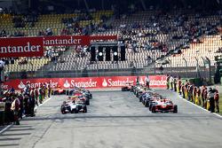 Daniel Juncadella and Felipe Guimaraes line up to start the race on the grid