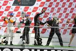 Podium: race winners Ricardo Zonta and Frank Kechele, second place Altfrid Heger and Alex Müller