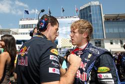 Guillaume Rocquelin his engineer and Sebastian Vettel, Red Bull Racing