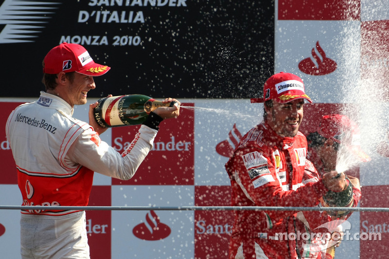 Podium: race winner Fernando Alonso, Scuderia Ferrari, second place Jenson Button, McLaren Mercedes, third place Felipe Massa, Scuderia Ferrari
