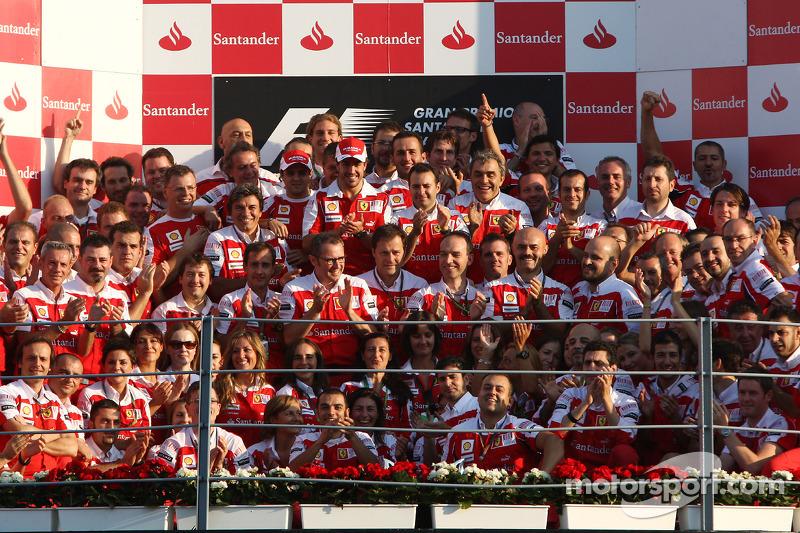 Triomf voor de tifosi in Monza 2010