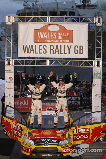 Podium: second place Petter Solberg and Chris Patterson