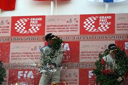Podium: race winner Edoardo Mortara and third place Valtteri Bottas