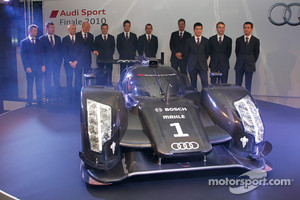 The 2011 Audi R18 TDI with Dr. Wolfgang Ullrich, Ralf Juttner and the Audi work drivers: Tom Kristensen, Rinaldo Capello, Allan McNish, André Lotterer, Marcel Fässler, Benoit Tréluyer, Mike Rockenfeller, Timo Bernhard and Romain Dumas
