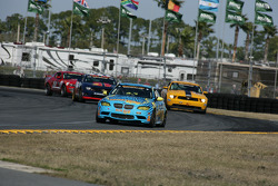 GS start: #13 Rum Bum Racing BMW M3 Coupe: Nick Longhi, Matt Plumb leads the field