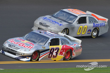 Brian Vickers, Red Bull Racing Team Toyota and David Reutimann, Michael Waltrip Racing Toyota