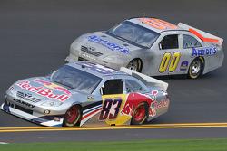 Brian Vickers, Red Bull Racing Team Toyota and David Reutimann, Michael Waltrip Racing Toyota