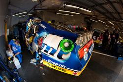 NASCAR-CUP: Penske Racing Dodge team member at work