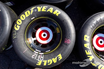 Goodyear tire for Juan Pablo Montoya, Earnhardt Ganassi Racing Chevrolet