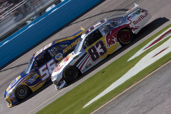 Martin Truex Jr., Michael Waltrip Racing Toyota and Brian Vickers, Red Bull Racing Team Toyota