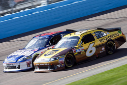 David Ragan, Roush Fenway Racing Ford and Dale Earnhardt Jr., Hendrick Motorsports Chevrolet