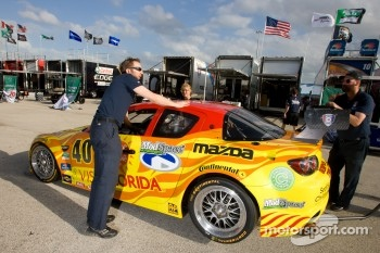 #40 Dempsey Racing Mazda RX-8