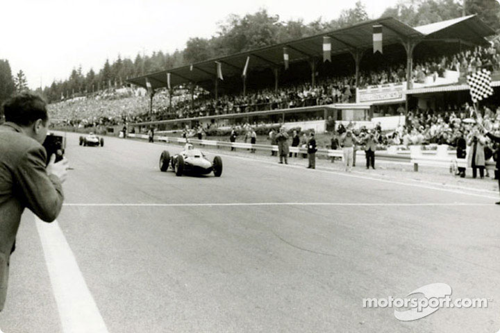 Phil Hill in the Ferrari 156