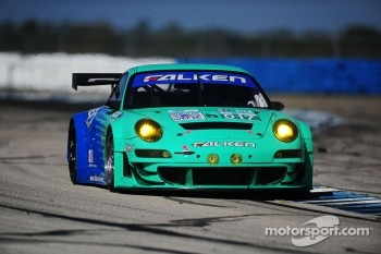 #017 Team Falken Tire Porsche 911 GT3 RSR: Wolf Henzler, Bryan Sellers, Martin Ragginger