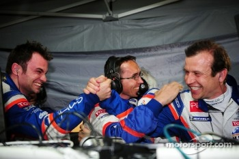 Nicolas Lapierre, Oreca technical director David Floury, and Olivier Panis celebrate victory