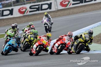 Start: Colin Edwards, Monster Yamaha Tech 3, Nicky Hayden, Ducati Team