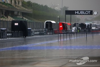 Heavy rain hits the track