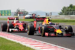 Max Verstappen, Red Bull Racing RB12, Kimi Raikkonen, Ferrari SF16-H crash