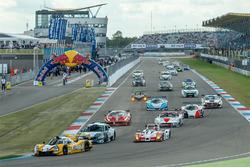 Supercar Challenge start action