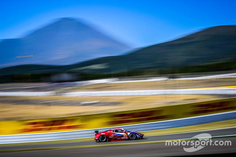 2. LMGTE Am: #83 Ferrari 458 Italia: Francois Perrodo, Emmanuel Collard, Rui Aguas
