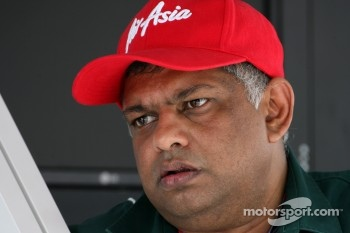 Tony Fernandes, Team Lotus F1